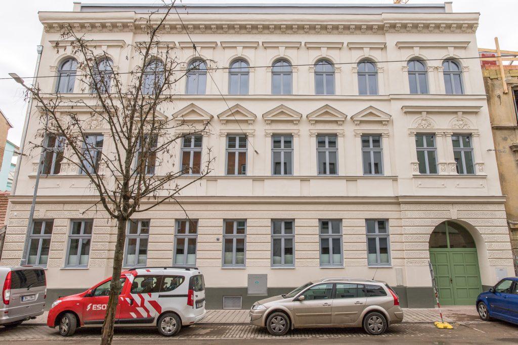 Bytový dům Mostecká 12
